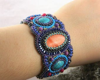 Everyday beaded bracelet Bead embroidered cuff Beaded embroidery bracelet Women bracelet stone Blue pink bracelet Turquoise bracelet cuff