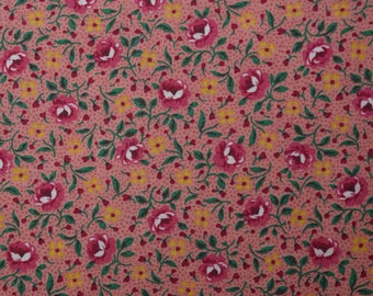 Quilt Fabric Quilting Fabric Cotton Calico Pretty Pink Tossed Roses Floral: FQ 17x22 or Cut-to-Order