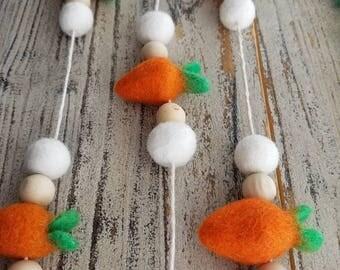 Carrot garland. Wood bead garland, felt ball garland decor, Easter decor 5ft spring garland, carrot Garland. Easter Garland