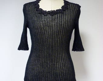 The hot price, casual black linen blouse, M size.