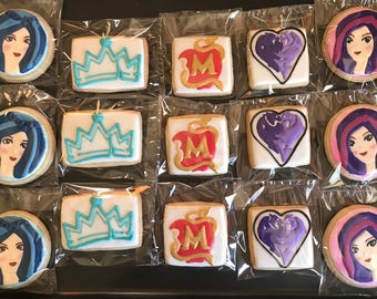 12 DESCENDANTS inspired vanilla sugar cookies - teen party - birthday maleficient mal evie crown dragon halloween