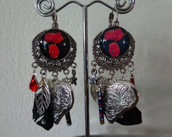 one piece black and red poppy earrings particularly