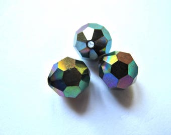3 PEARLS CRYSTAL HEMATITE ROUND IRIDESCENT FACETED 10 MM