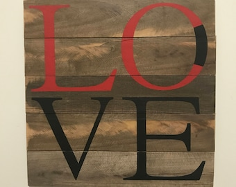 Lynchburg College LOVE Sign // LC // Virginia // College // Graduation // Gifts for Her // Gifts for Him // Wedding // Custom