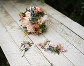 Beautiful Wedding Flower Set Bridal Bouquet Floral Hair Comb Grooms Boutonierre Wedding Accessories Flower Bouquet Groom's Buttonhole