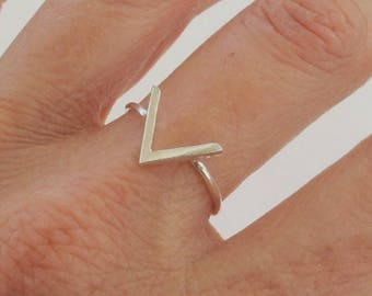 Sterling Silver Ring, Silver Chevron Ring, Silver V Ring, Silver Geometric Ring, Not Oxidized Silver Ring