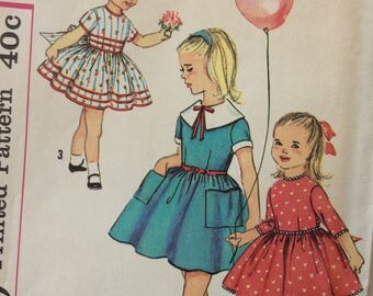 Simplicity 3095 toddler girls dress size 2 vintage 1950's sewing pattern  Uncut  Factory folds