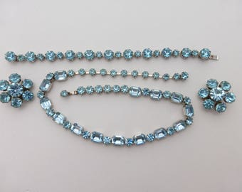 Weiss necklace bracelet and earring demi set blue rhinestones Y55