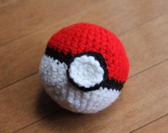 Crochet Pokemon ball