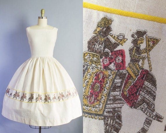 1950s India Elephant Print Dress | Small (36B/26W)