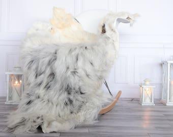 Organic Sheepskin Rug, Real Sheepskin Rug, Gute Sheepskin, Christmas Home Decor, Grey Ivory Sheepskin Rug #OCTGUTE19