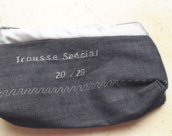"Pouch with inscription ""Kit"" special 20/20"