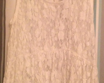 """FREE SHIPPING!!!  Vintage """"MUDD"""" Ivory Lace Cami/Tank Sleeveless Floral Tee Shirt with Empire Waist  Size (S)"""