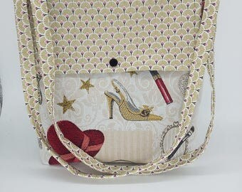 "Beautiful shabby chic ""style fabulous"" bag very trendy."