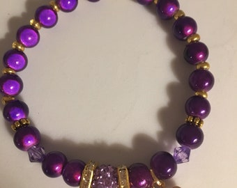 Purple Beaded Bracelet in Goldtone Charm