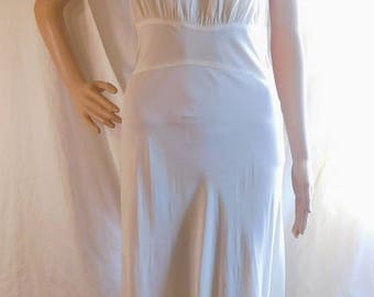 Radcliffe Nightgown Ivory Negligee Designed By Radcliffe Vintage Lingerie