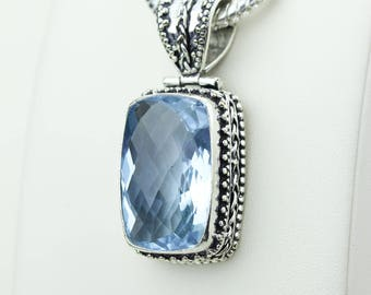 Swiss Blue Topaz Vintage Setting 925 S0LID Sterling Silver Pendant + 4MM Snake Chain & Worldwide Shipping p4234