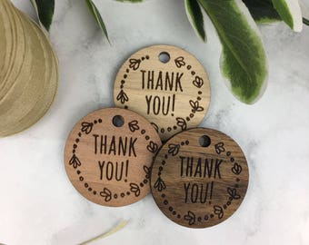 50 Wooden rustic circle gift tags. FREE shipping AU! Weddings / engagement / thank you / product.