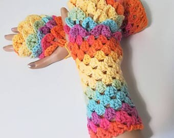 READY TO SHIP, Crochet ombre gloves, Fingerless gloves, Dragon Scale gloves, Crocodile stitch gloves, Dragon tear gloves