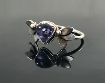 Sterling silver flower ring - Purple gemstone ring - Sterling silver gemstone ring - Iolite ring - Natural gemstone ring