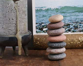 Set of Stacking Beach  Stones with Terracotta Bowl - Relaxation Gift - Meditation Altar - Wabi-Sabi - Balance Game - Gift for Coworker - Zen