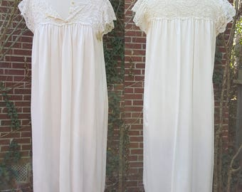Vintage Shadowline Nightgown Slip Lace Lingerie Night Gown Dress Made in USA Creme White Cap Sleeve