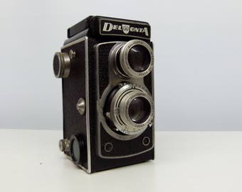 Vintage Montanus Delmonta TLR (Twin-Lens Reflex) Rolliflex Type Camera With Leather Case and Plunger - 1950's -