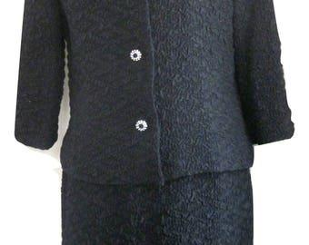 THE ELAINE SHOP Jackson Vintage 60's Crinkle Crepe Rhinestone Skirt Suit Size 8