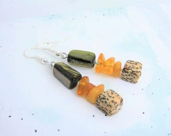 Summer earrings with amber - Palm wood - shell - gift - summer jewelry -.