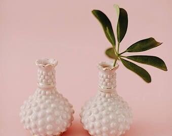 Set of 2 Vintage Pink Ceramic Hobnail Bud Vase with Gold Detail   Bulb Vase   Bud Vase   Vintage Ceramic Vase