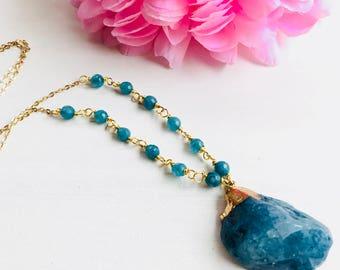 Druzy necklace,druzy long necklace,druzy pendant necklace,druzy pendant,natural stone necklace,long necklace,pendant, druzy, necklace stones