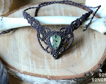 macrame collar / necklace with prehnite and brass beads brown