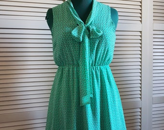 Repro '60s Dress - Sleeveless - Green Water - Printed Dress -