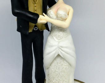 Custom Wedding Cake Topper Bride and Groom Keepsake Handmade Clay Wedding Topper Personalized Wedding Topper
