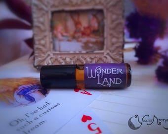 WONDERLAND Perfume Oil, Black Tea, Melon, Rose geranium, Green, Alice in Wonderland, Citrus, Creamy, Tea Leaves, Lewis Carol,  Natural