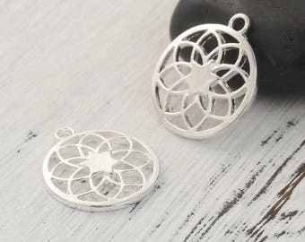 5 charms style Mandala / Buddhist 2.3 cm silvered Metal openwork / Zen Collection