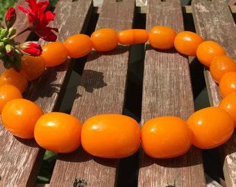 Vintage Bakelite Necklace - Bakelite Beads - Bright Orange Beaded Necklace – Butterscotch Beads Oversized Beaded Necklace  WhistlingGypsyVTG