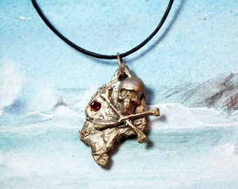 Unisex gothique pendant, meteorite and  pirate skull in goldy bronze +red zirconium+black  leather strap, perfect present for a biker