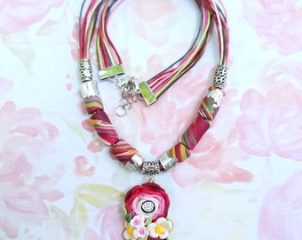BOUQUET PolymerClay Fashion Jewelry, Handmade Floral Jewelry, Pendent and beaded necklace set with coordinated earrings and bracelet