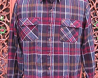 Large Vintage (mid century) Arrow Plaid Long Sleeve Shirt