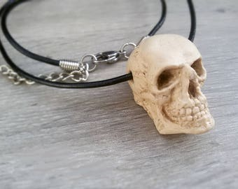 Realistic Skull necklace Halloween jewelry Large Skull Men necklace Anatomical skull jewelry spooky necklace Skeleton jewelry gift for Men