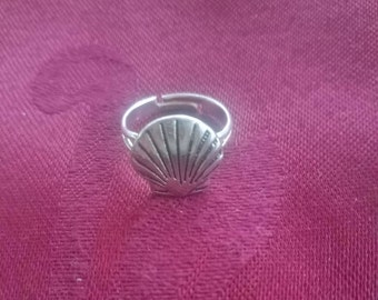 Scallop Shell Ring /Camino de Santiago / Pilgrim / Beach / St James