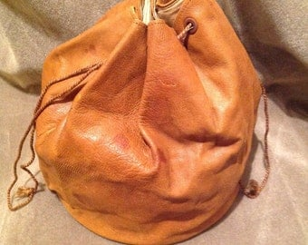 Vintage Style Bucket Bag / Purse / Drawstring Bucket Bag