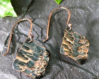 Hammered textured  copper dangle earrings /  copper earrings /  hand crafted earrings / organic texture / copper bark earrings / for Her