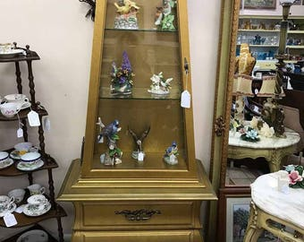 Vintage Gold Gilt Curio Cabinet with light