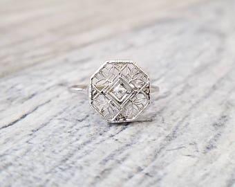 Sweet 14kt Art Deco Style Vintage Diamond Ring