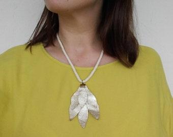 Golden leaves pendant