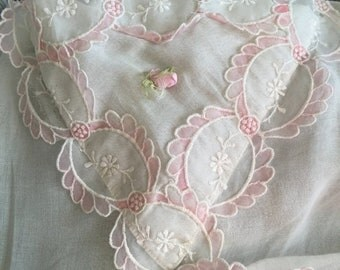 SPRINGSALE Vintage flirty pink and white apron accented with a heart
