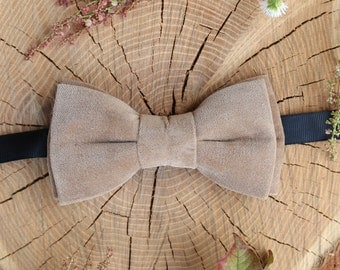 Anniversary gift Bow tie For Men Beige Velvet Wedding bow tie Mens Bowtie Wedding outfit Groomsmen gift Birthday Gift idea