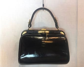 328. FERNANDE DESGRANGES- Top handle handbag